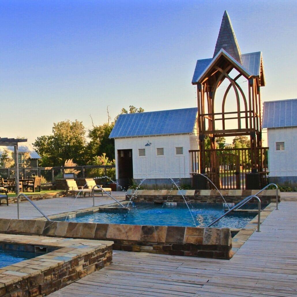 pool at Carlton Landing
