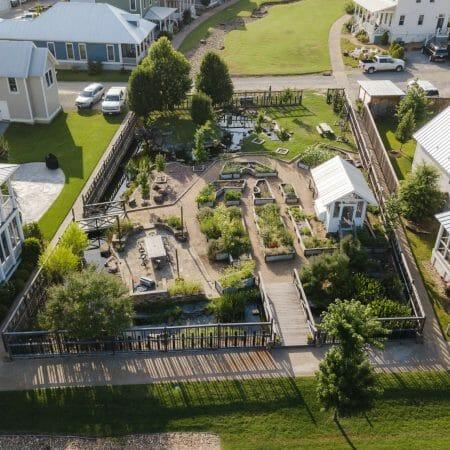 Community Garden at Carlton Landing