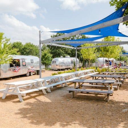 Food Trucks at Carlton Landing